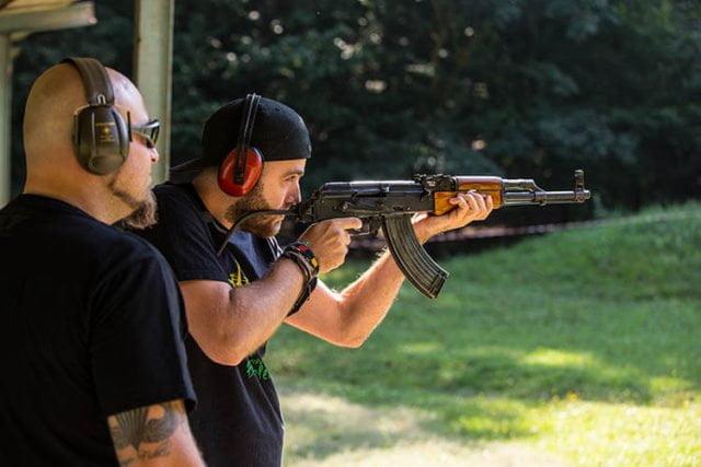 tir cu arme de foc